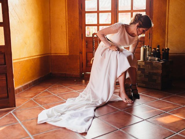 La boda de Julien y Raquel en Torremocha Del Jarama, Madrid 23