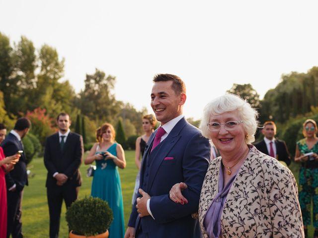 La boda de Julien y Raquel en Torremocha Del Jarama, Madrid 28