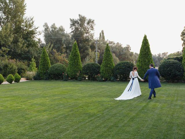 La boda de Julien y Raquel en Torremocha Del Jarama, Madrid 37