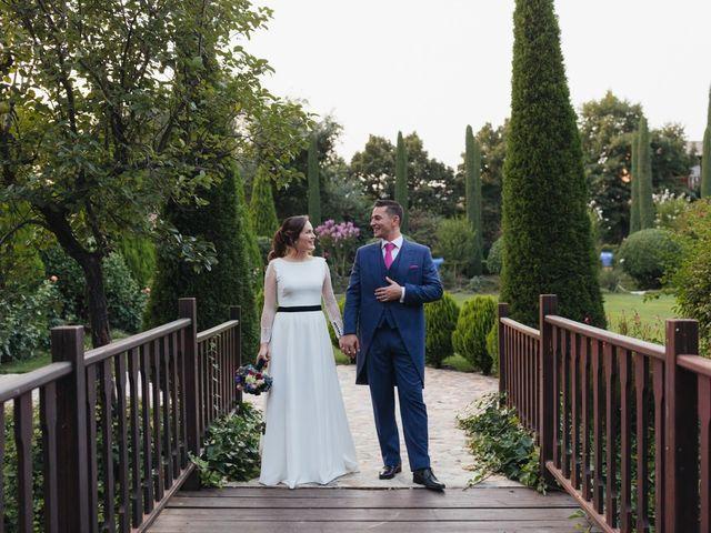 La boda de Julien y Raquel en Torremocha Del Jarama, Madrid 38