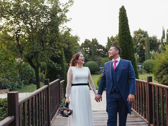La boda de Julien y Raquel en Torremocha Del Jarama, Madrid 39