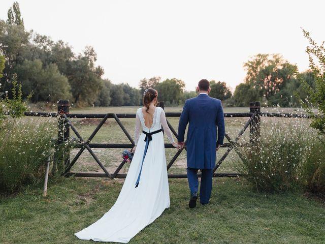 La boda de Julien y Raquel en Torremocha Del Jarama, Madrid 1