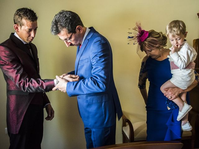 La boda de Javier y Lorena en Talayuela, Cáceres 18