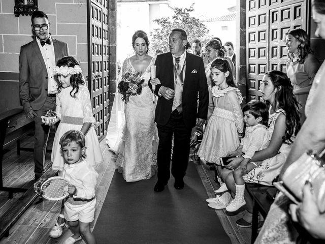 La boda de Javier y Lorena en Talayuela, Cáceres 27