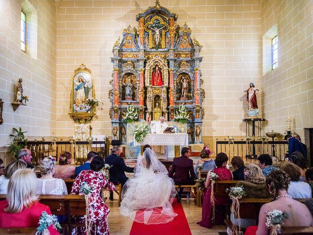 La boda de Javier y Lorena en Talayuela, Cáceres 29