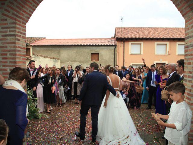 La boda de Gonzalo y Maitane en Calahorra De Boedo, Palencia 19