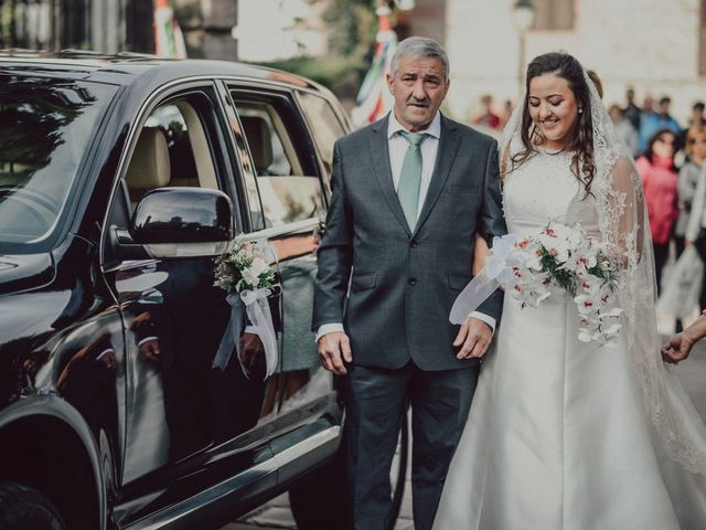 La boda de Mikel y Stella en Elizondo, Navarra 31