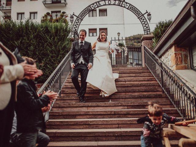 La boda de Mikel y Stella en Elizondo, Navarra 53