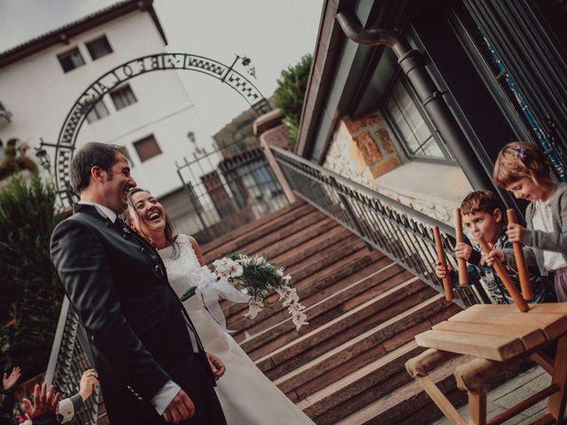 La boda de Mikel y Stella en Elizondo, Navarra 54