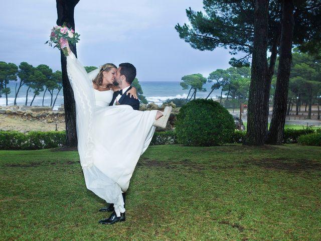 La boda de Daniel y Adriana en L' Escala, Girona 15