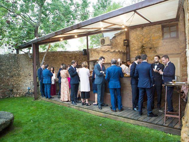 La boda de Daniel y Adriana en L' Escala, Girona 18