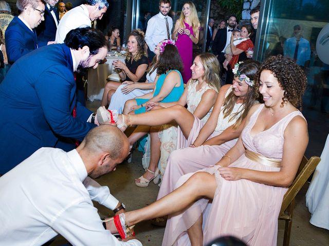 La boda de Daniel y Adriana en L' Escala, Girona 27
