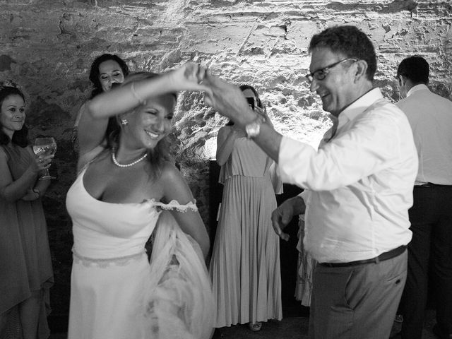La boda de Daniel y Adriana en L' Escala, Girona 33