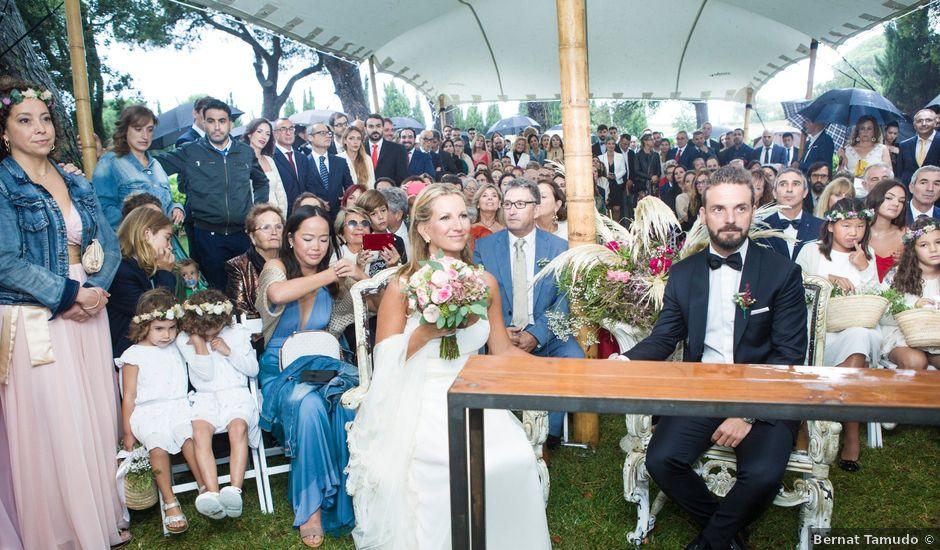 La boda de Daniel y Adriana en L' Escala, Girona