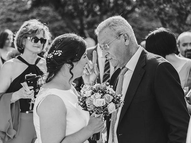 La boda de Eloy y Lorena en Vigo, Pontevedra 32