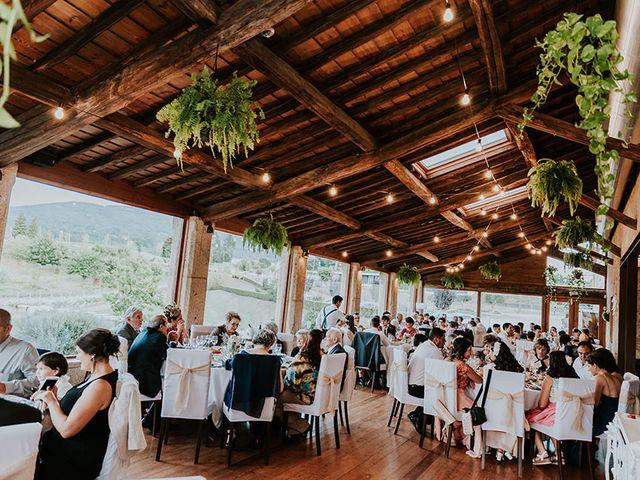 La boda de Eloy y Lorena en Vigo, Pontevedra 47
