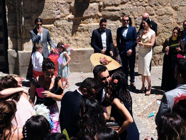 La boda de Mónica y Pablo en Santa Marta De Tormes, Salamanca 12