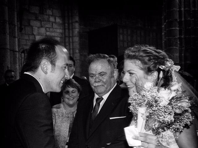 La boda de Carlos y Isabel en Brozas, Cáceres 24