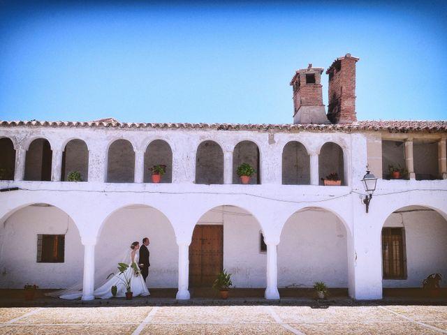 La boda de Carlos y Isabel en Brozas, Cáceres 34