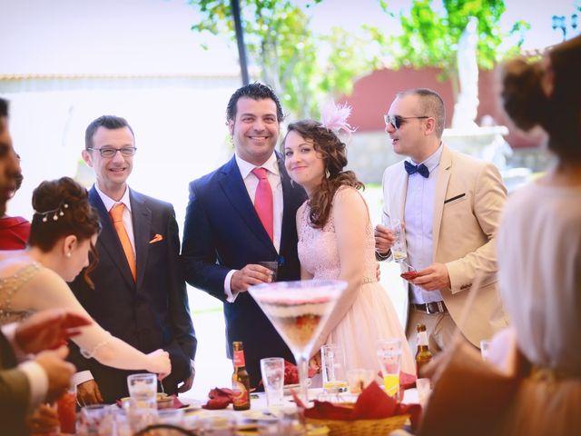 La boda de Carlos y Isabel en Brozas, Cáceres 40