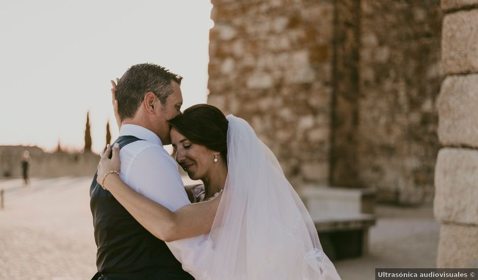 La boda de Juan Carlos y Paloma en Trujillo, Cáceres