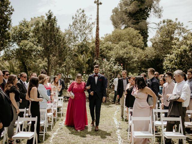 La boda de Efraín y Isabel en Badalona, Barcelona 19