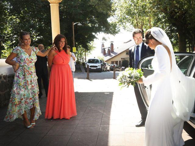 La boda de Ander y Marta en Zarautz, Guipúzcoa 7