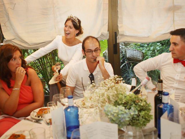 La boda de Ander y Marta en Zarautz, Guipúzcoa 30