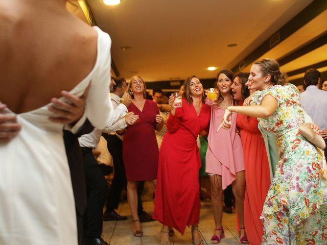 La boda de Ander y Marta en Zarautz, Guipúzcoa 33
