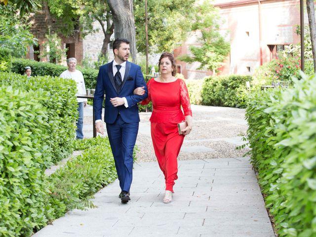 La boda de Ángel y Marta en Madrid, Madrid 3