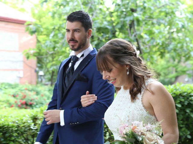 La boda de Ángel y Marta en Madrid, Madrid 14