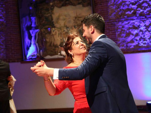 La boda de Ángel y Marta en Madrid, Madrid 41