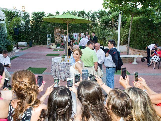 La boda de VIRGINIA y GONZALO en Illescas, Toledo 16