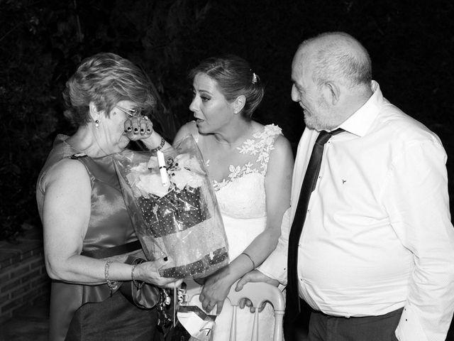 La boda de VIRGINIA y GONZALO en Illescas, Toledo 18
