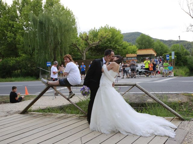 La boda de Albert  y Maria Fe  en Banyoles, Girona 25