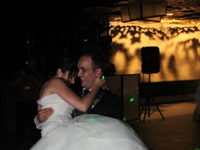 La boda de Albert  y Maria Fe  en Banyoles, Girona 34