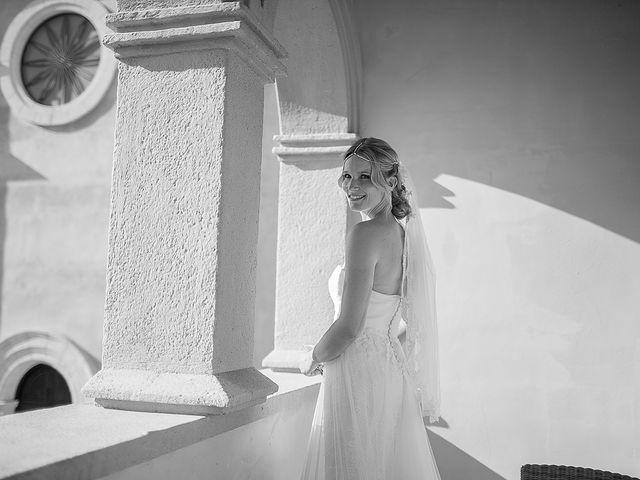 La boda de David y Nadine en Benidorm, Alicante 26