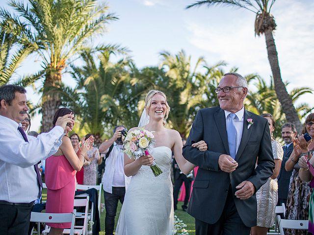 La boda de David y Nadine en Benidorm, Alicante 39