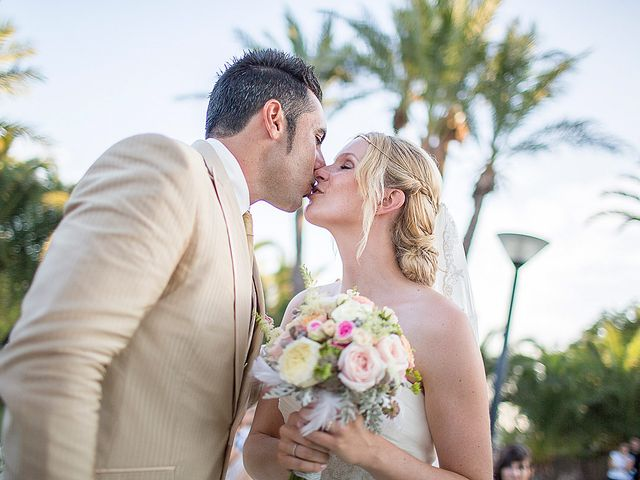 La boda de David y Nadine en Benidorm, Alicante 57