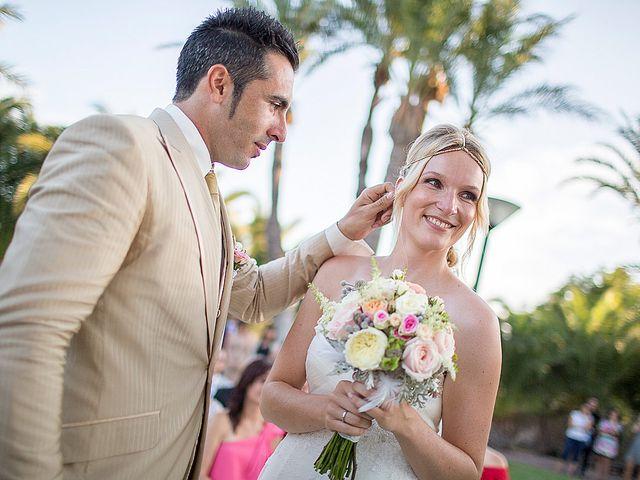 La boda de David y Nadine en Benidorm, Alicante 58