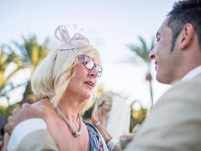 La boda de David y Nadine en Benidorm, Alicante 59