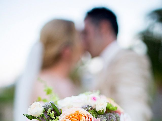 La boda de David y Nadine en Benidorm, Alicante 68