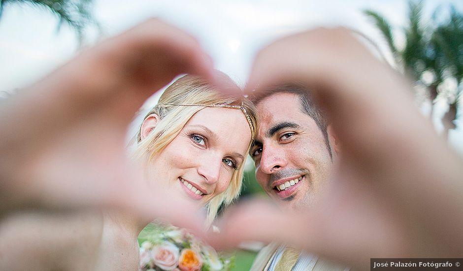 La boda de David y Nadine en Benidorm, Alicante