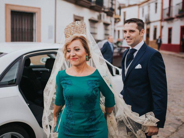 La boda de Miguel Angel y Maria Isabel en Guillena, Sevilla 70