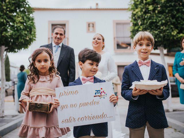 La boda de Miguel Angel y Maria Isabel en Guillena, Sevilla 79