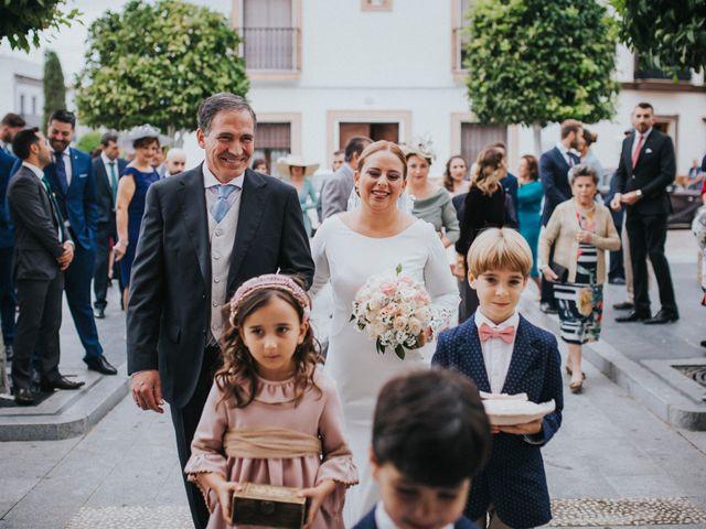 La boda de Miguel Angel y Maria Isabel en Guillena, Sevilla 80