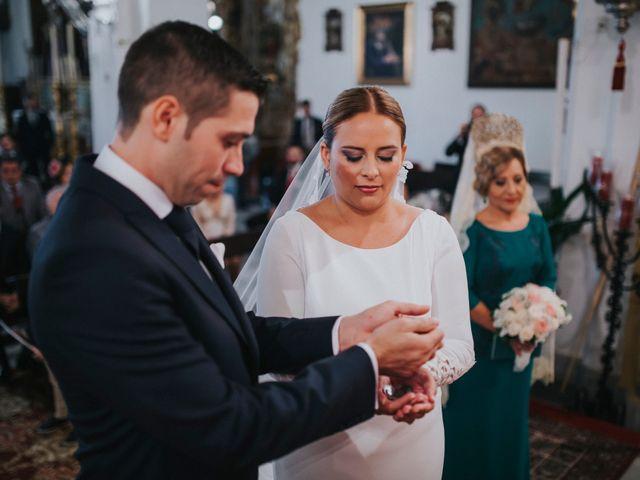 La boda de Miguel Angel y Maria Isabel en Guillena, Sevilla 91