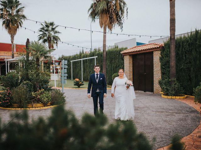 La boda de Miguel Angel y Maria Isabel en Guillena, Sevilla 107