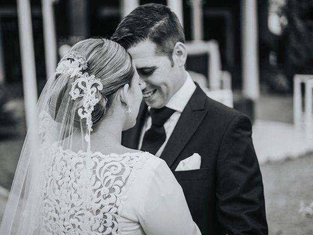 La boda de Miguel Angel y Maria Isabel en Guillena, Sevilla 131