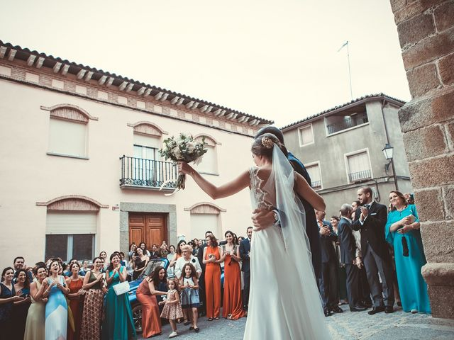 La boda de Jose y Beatriz en Castillo De Bayuela, Toledo 79